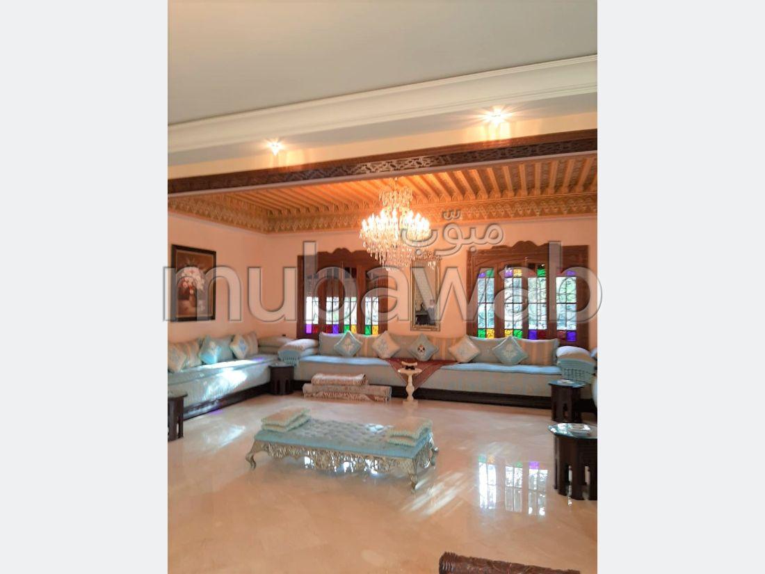 Somptueuse villa à vendre sur Ain Diab (résidence fermée)!