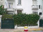 Prix sacrifié. Villa Art Déco à vendre à Casablanca. 7 grandes pièces. Parking, terrasse