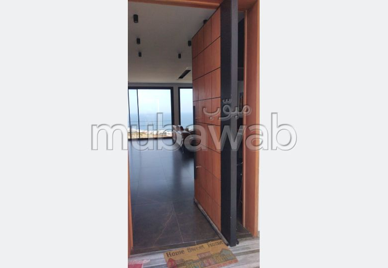 Fabulous villa for sale. 3 Toilet. Stunning sea view, double glazing.
