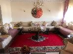 شقة للشراء بالدارالبيضاء. المساحة الإجمالية 126.0 م². صالون مغربي نموذجي ، إقامة آمنة.
