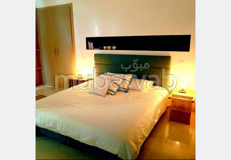 Appartement de vacances à louer à Casablanca. 2 pièces. Meublé.