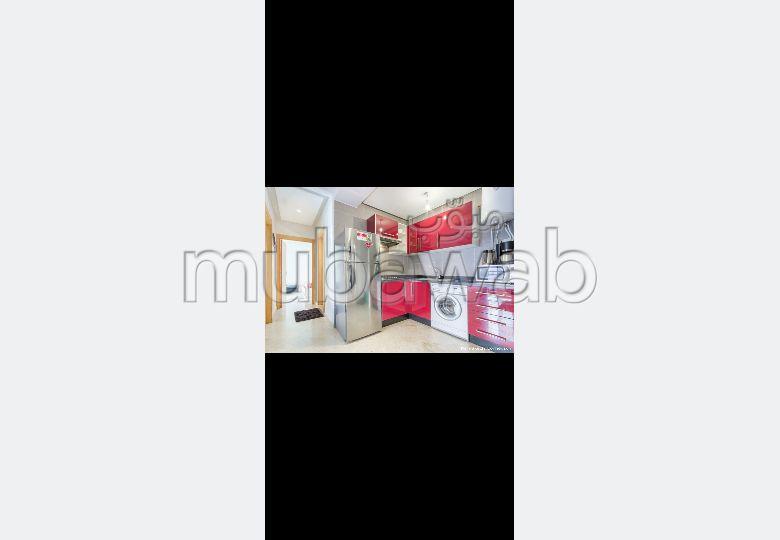 Encuentra un piso en alquiler. Superficie de 80.0 m². Bien amueblado.