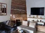 Splendide villa à vendre à Casablanca. 4 chambres agréables. Parking et terrasse