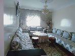 شقة جميلة للبيع بسلا. 2 غرف. صالون مغربي أصيل.