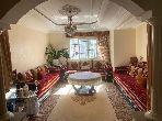 شقة جميلة للبيع بالدارالبيضاء. 2 غرف. حديقة ومرآب.