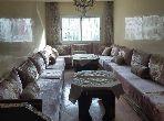 شقة للشراء بالدارالبيضاء. المساحة 143.0 م². صالون مغربي تقليدي ، إقامة آمنة.