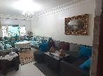 شقة للبيع بالدارالبيضاء. المساحة الكلية 80.0 م². أماكن وقوف السيارات وشرفة.