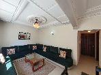 شقة جميلة للكراء بطنجة. 2 قطع مريحة. بواب ومكيف الهواء.