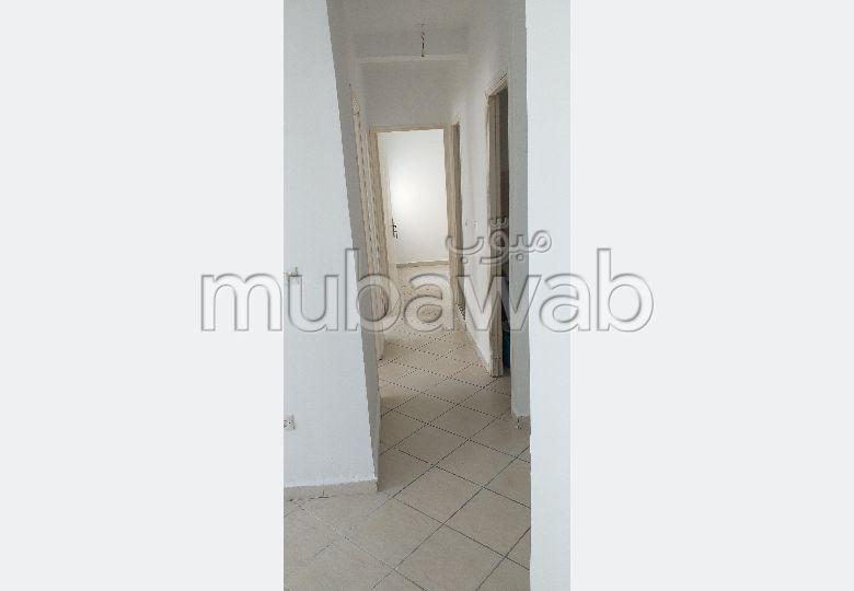 شقة للبيع في الطابق الأول بالضحى الإخلاص مرجان الإخلاص طريق تطوان طنجة