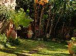 فيلا فخمة للبيع بالدارالبيضاء. المساحة 1060 م². حديقة وشرفة.