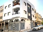 House for sale. Total area 135.0 m². Living room with Moroccan decor, General satellite dish system.