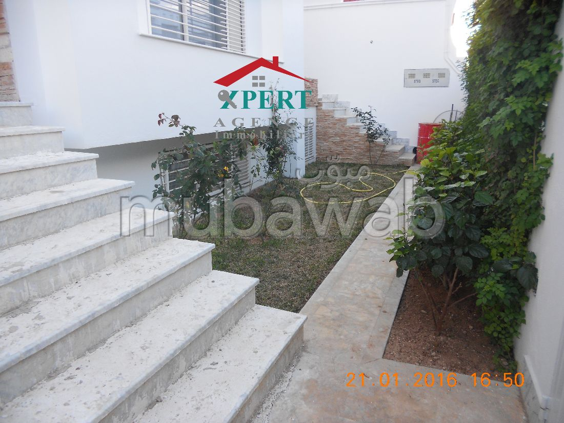 Villa duplex de haut standing avec jardin à sahloul