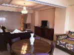 شقة رائعة للايجار بطنجة. 3 غرف ممتازة. مدفأة ومكيف الهواء.