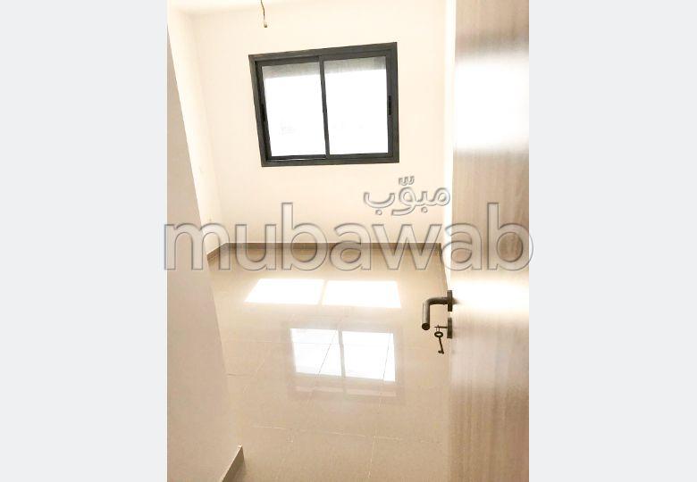 Appartement 76 m² à louer, Centre ville, Casa