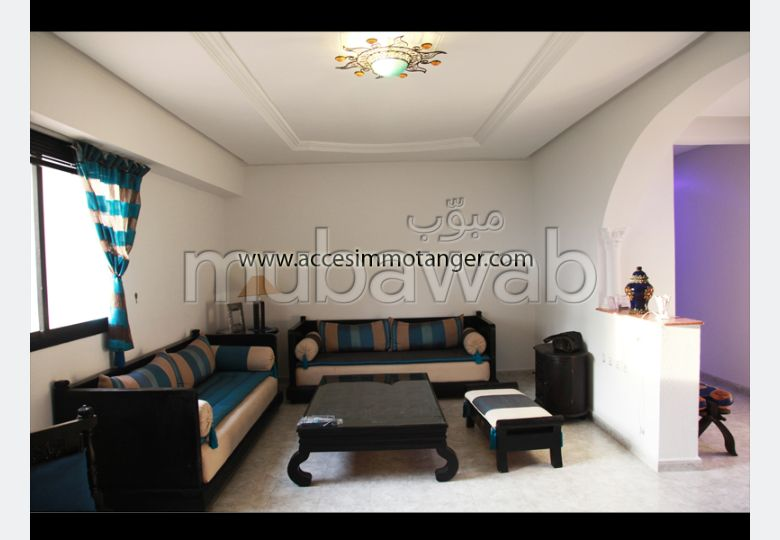 Rent this apartment. Dimension 110 m². Well decorated.
