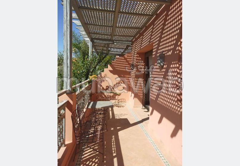 Loue appartement meuble 150m² dont terrasse