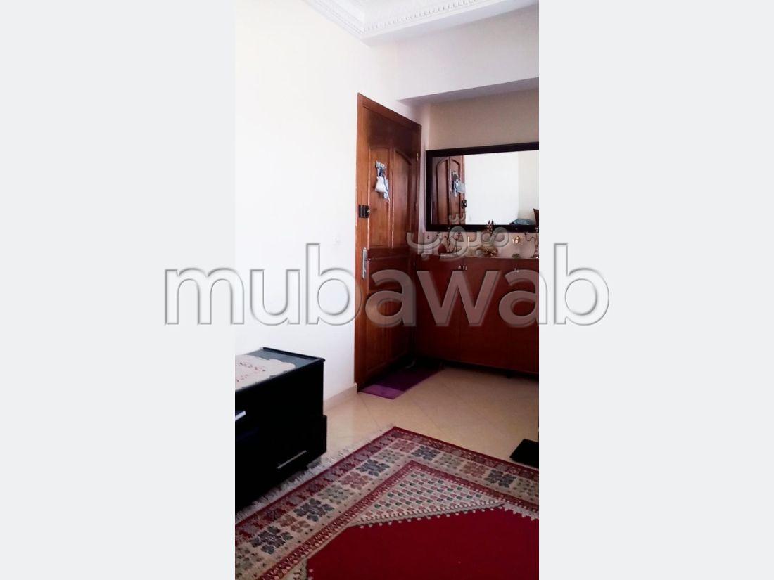 Appartement à l'achat à Tanger. 2 chambres agréables. Sécurisé 24/24