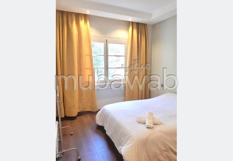 Appartement de Charme Meublé Au Centre De Gauthier