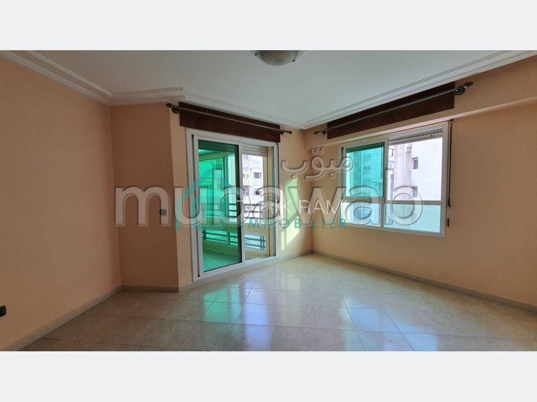 شقة جميلة للبيع بطنجة. 3 غرف.