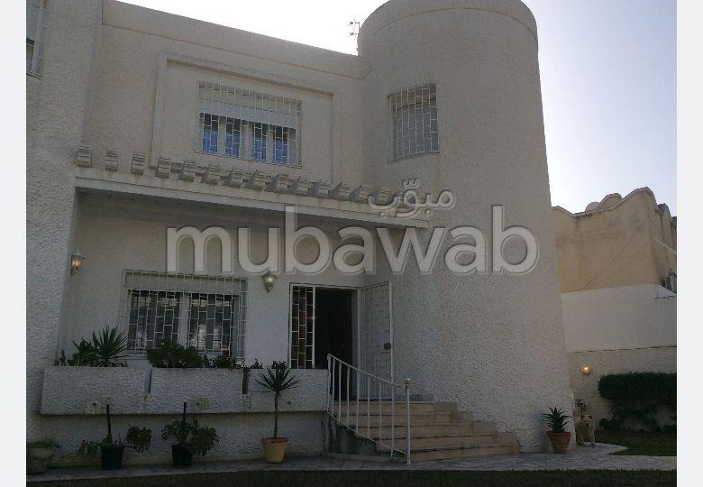 Vente très belle et grande villa S4 cite ghazala