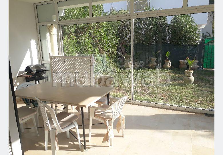 RDC S+2 meublé de 300m² à jinene hammamet