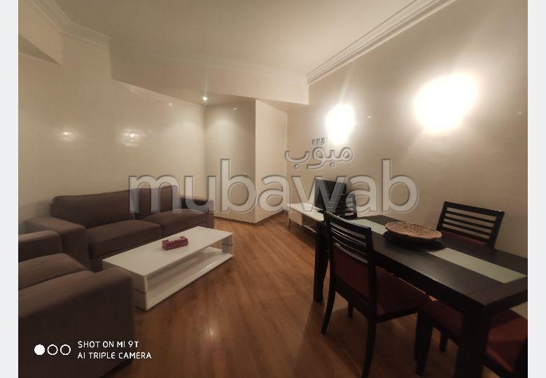 Très bel appartement en location à Casablanca. 1 chambre. Avec garage et ascenseur