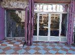 مكاتب ومحلات للبيع بالدارالبيضاء. المساحة الإجمالية 72.0 م². إقامة محروسة.