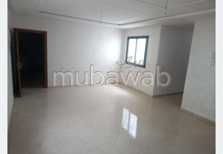 Bel appartement vide a louer a hay mohammadi