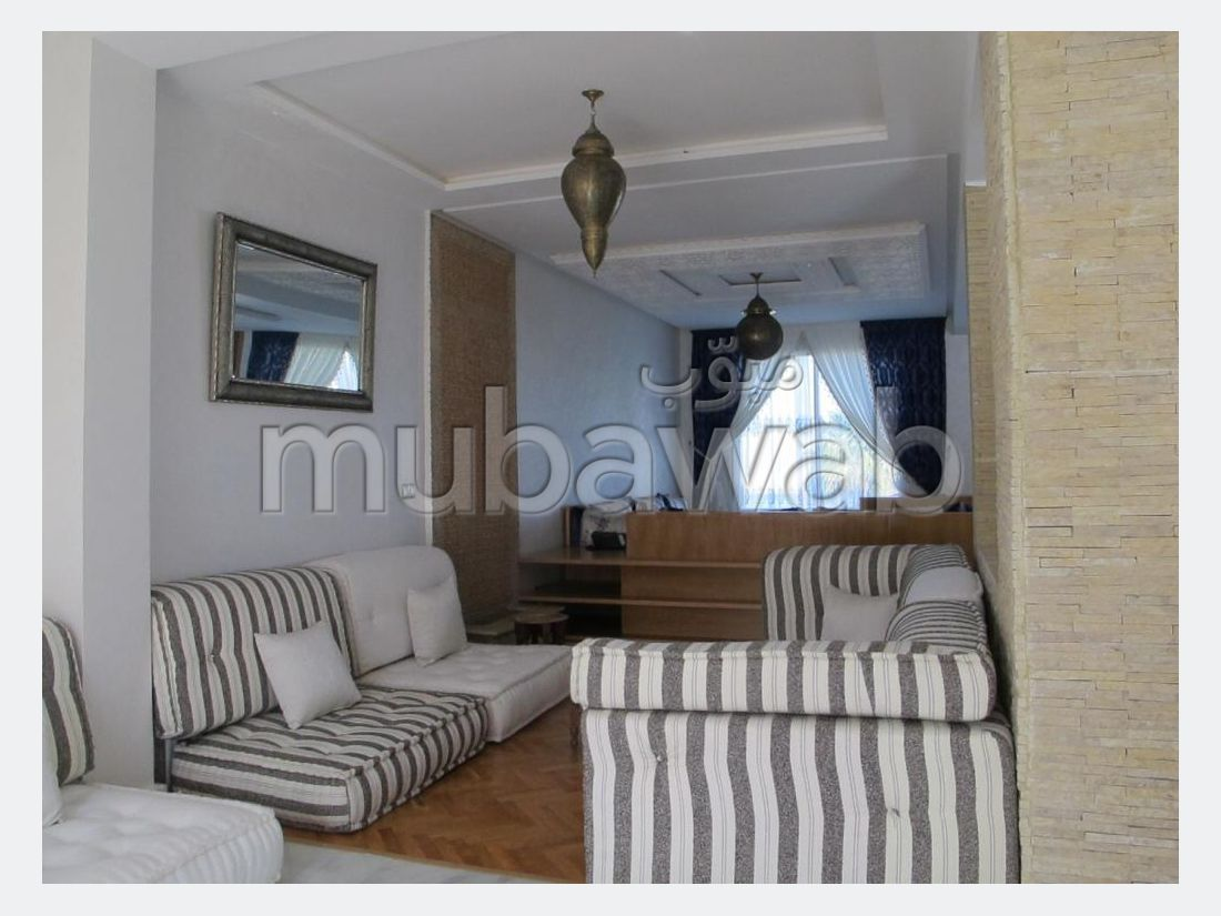 Fabulous villa for sale. 5 Large room. Air conditioning and fireplace.