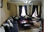 Bel appartement à vendre. 2 chambres agréables. Porte blindée, antenne parabolique