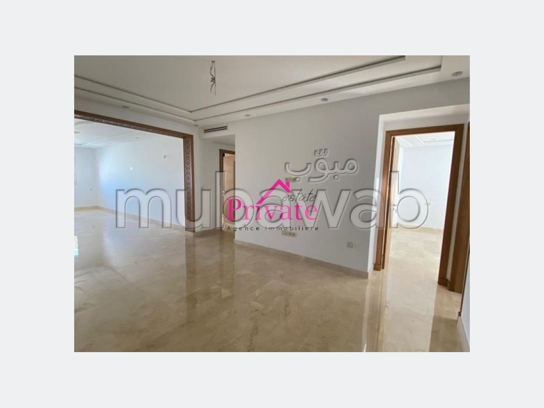 Apartment to purchase. Area of 138 m². Equipped kitchen.