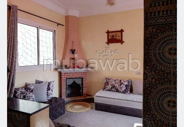 Maison à l'achat à Marrakech. 5 chambres agréables. Salon typique marocain, résidence sécurisée