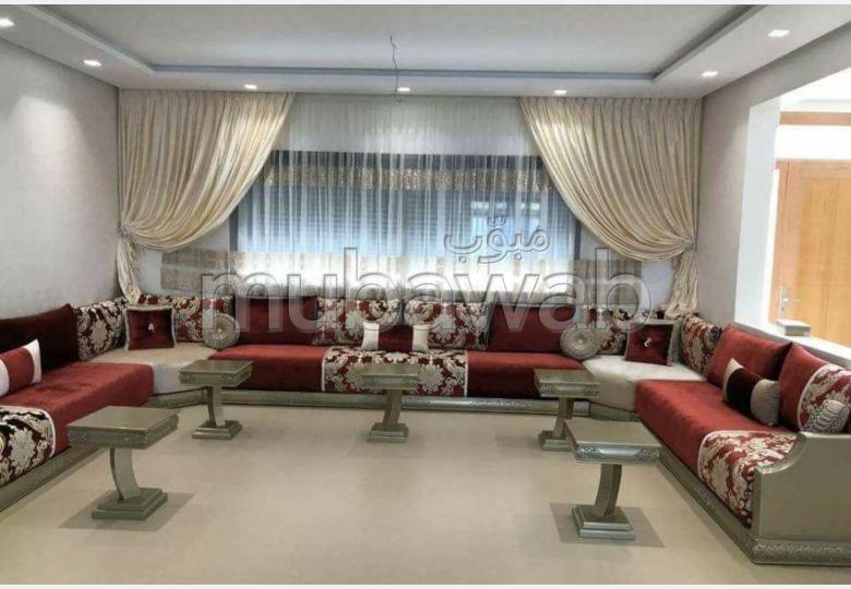 Precioso piso en alquiler. 2 Sala común. Mobiliario.