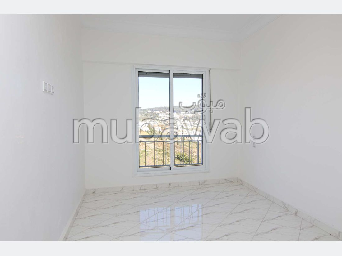 Sell apartment. 3 Hall.