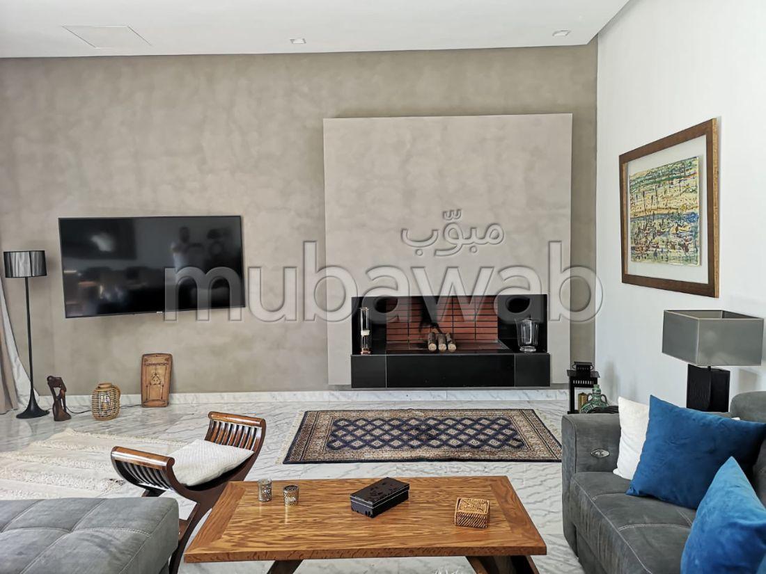 Exceptionnel. Dans résidence luxueuse appartement de 147 m 2 avec terrasse