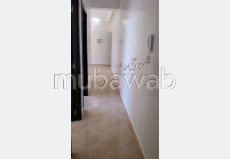 Apartment for sale. Surface area 65.0 m². Equipped kitchen.