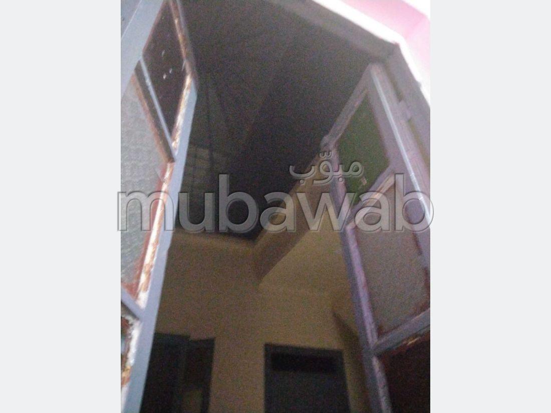 شراء منزل مميز بمراكش. 2 غرف ممتازة. صالون مغربي تقليدي.