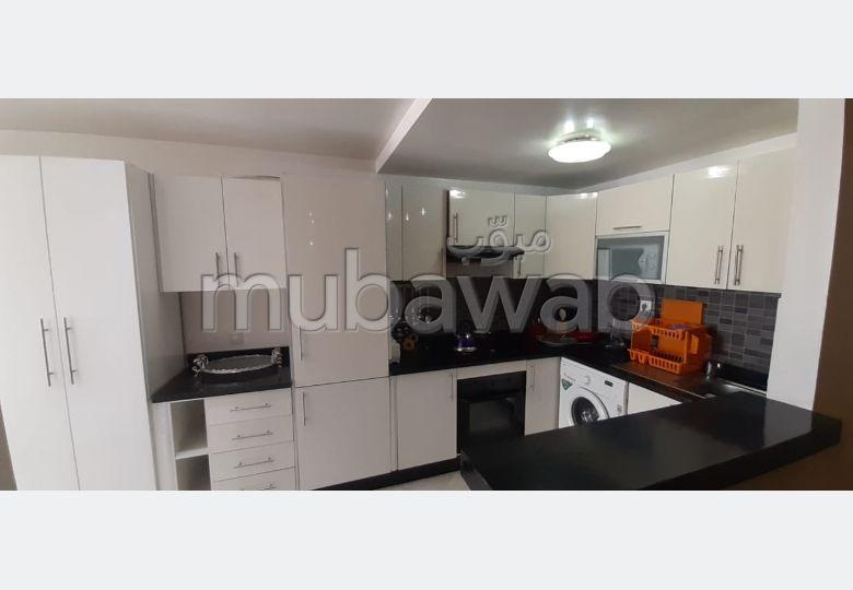 Rent this apartment. Dimension 85.0 m². Cellar.