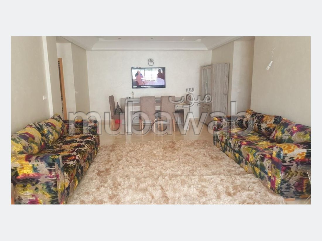 Flat for rent. Total area 125 m². New furniture.