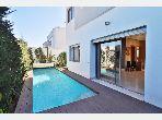 Villa meublée à louer sur Bouskoura 400 m²