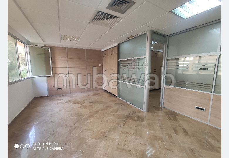 Magnifique bureau en location à sidi maarouf