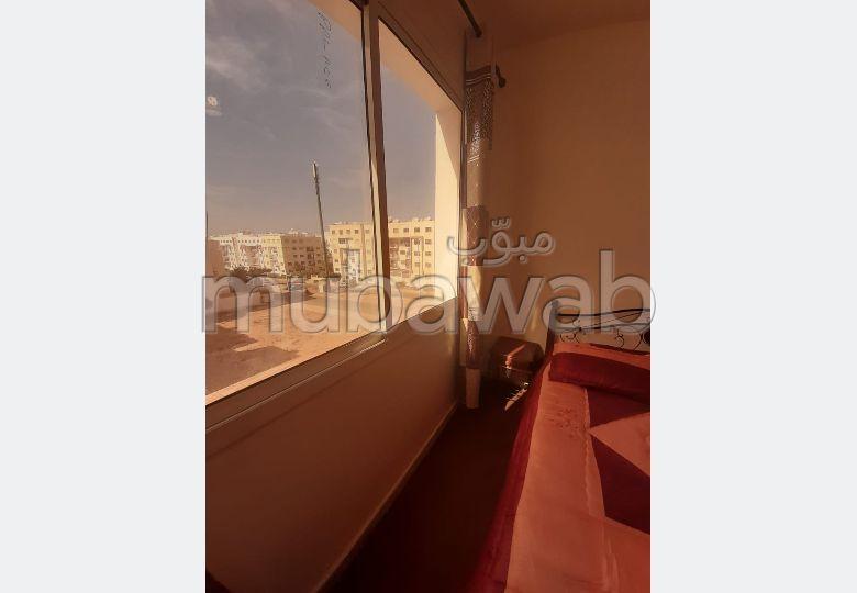 Louez cet appartement à Agadir. 2 grandes pièces. Bien meublé.