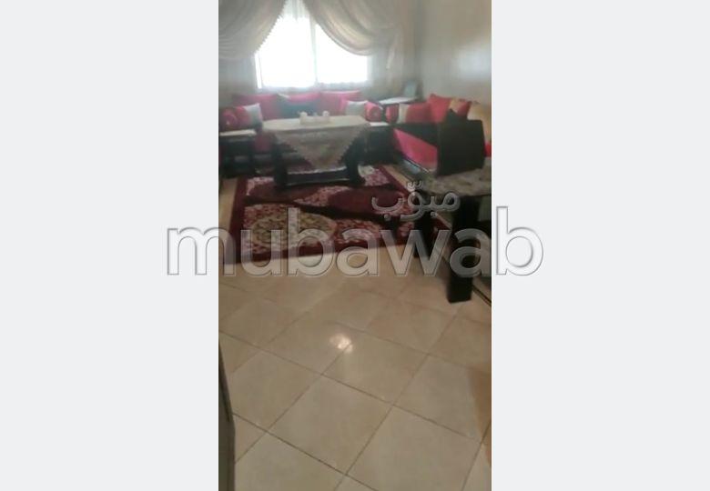 Bel appartement à vendre à Tanger. Surface totale 98.0 m². Porte blindée, sécurité
