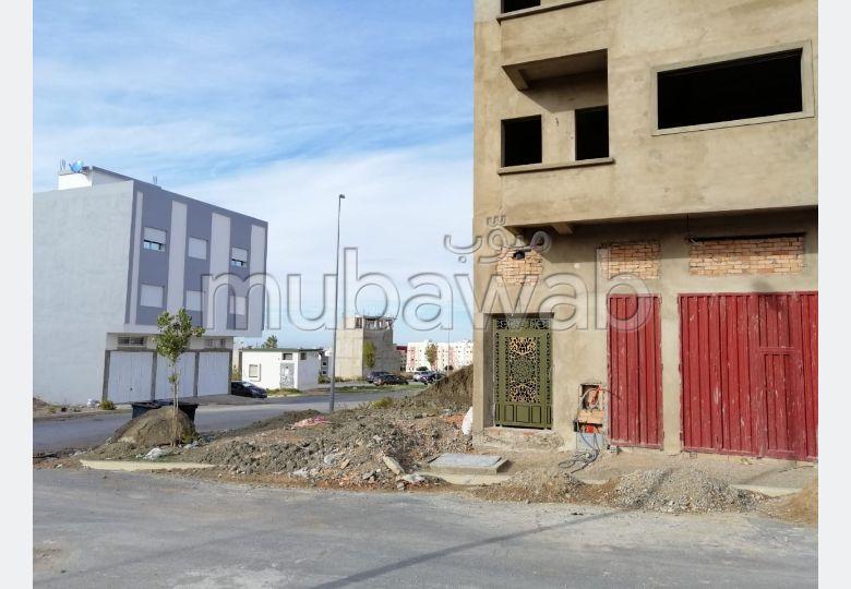 Compra-venta de terrenos. Área total 84.0 m².