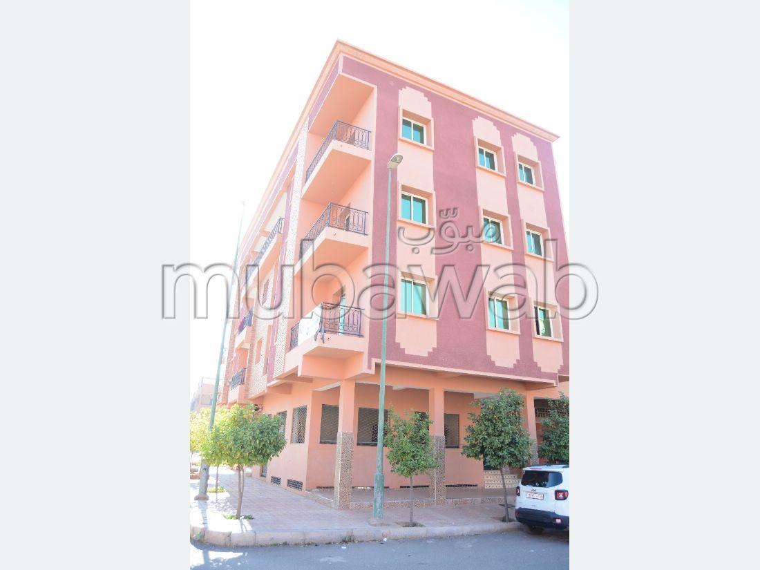 Vente d'un bel appartement à Marrakech. 4 pièces confortables. Grand balcon