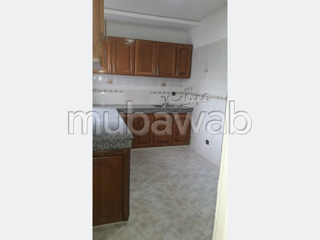 Apartment to purchase. Surface area 111.0 m². Caretaker.