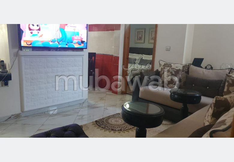 Beautiful apartment for sale in El Hadadda. 3 rooms. Well equipped kitchen.