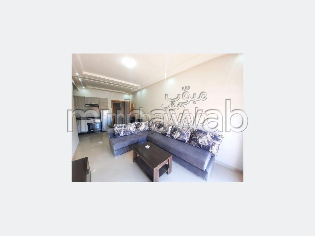 استئجار شقة بكليز. المساحة الكلية 55 م². مفروشة.