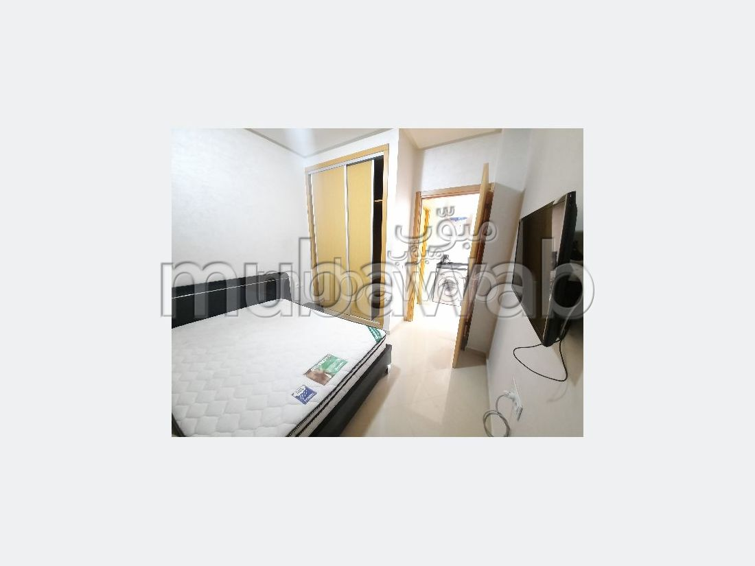 Apartment for rent in Guéliz. 2 large living areas. Attic.