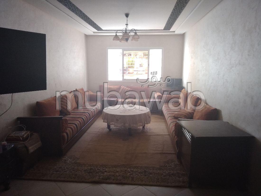 Appartement à vendre à Kénitra. Surface de 132 m². Places de parking et terrasse